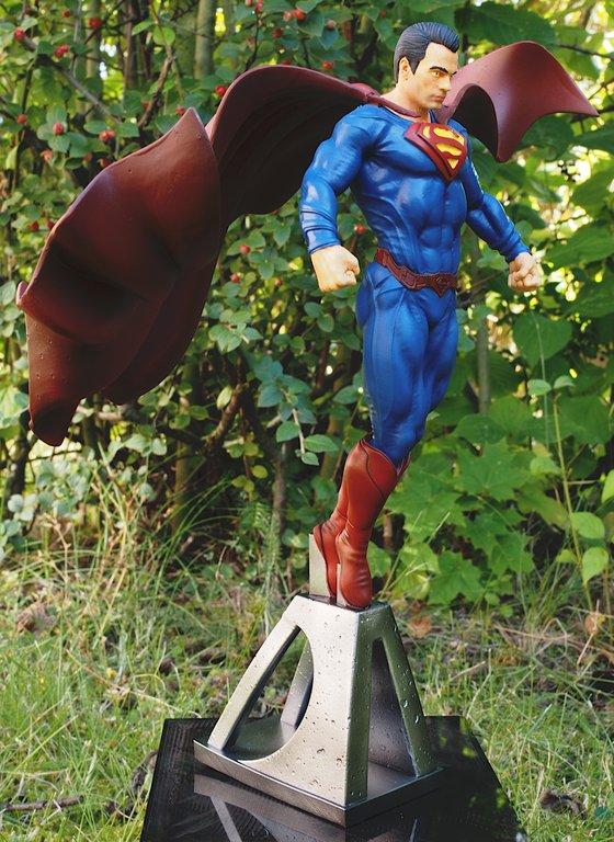 [Bild: superman2021_1:10_016_20210902.jpg]